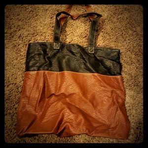 Marc ecko purse
